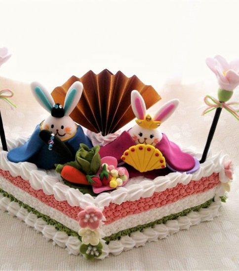Cafe SeRena ねんどでつくる「たまうさちゃんのひなケーキ」参加者募集開始